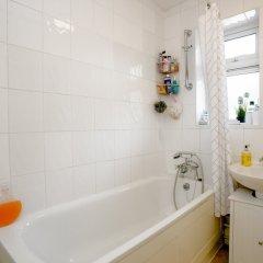 Отель Close To Highbury And Islington 1 Bedroom Flat ванная