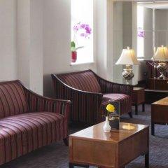 Отель Wellington Hotel by Blue Orchid Великобритания, Лондон - 1 отзыв об отеле, цены и фото номеров - забронировать отель Wellington Hotel by Blue Orchid онлайн гостиничный бар
