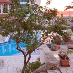 Отель Panareti Paphos Resort бассейн