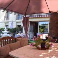 Отель Hôtel Le Petit Palais Франция, Ницца - отзывы, цены и фото номеров - забронировать отель Hôtel Le Petit Palais онлайн питание фото 3