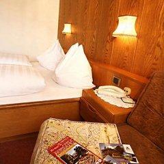 Hotel Schonbrunn Меран в номере