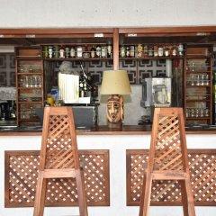 Hotel Club Du Lac Tanganyika бассейн фото 2