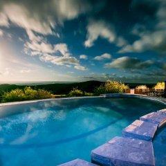 Отель Kuzuko Lodge бассейн