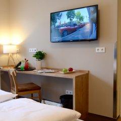 Отель FIVE Германия, Нюрнберг - отзывы, цены и фото номеров - забронировать отель FIVE онлайн удобства в номере