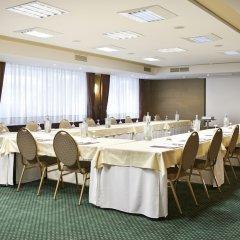 Отель Hyllit Hotel Бельгия, Антверпен - 1 отзыв об отеле, цены и фото номеров - забронировать отель Hyllit Hotel онлайн помещение для мероприятий фото 2