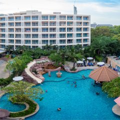 Nova Platinum Hotel бассейн