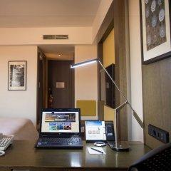 Отель Millennium Hilton Seoul Южная Корея, Сеул - 1 отзыв об отеле, цены и фото номеров - забронировать отель Millennium Hilton Seoul онлайн удобства в номере фото 2