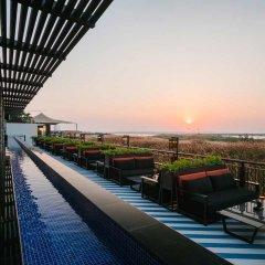 Radisson Blu Hotel, Abu Dhabi Yas Island бассейн фото 2