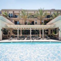 Отель Sunshine Suites at The Piero бассейн