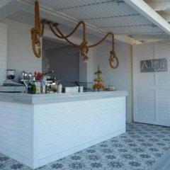 Отель Adriana Studios Пефкохори гостиничный бар
