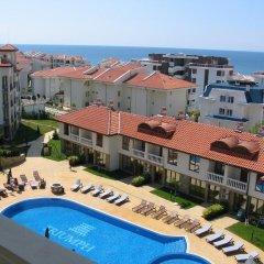 Отель Triumph Holiday Village Свети Влас пляж