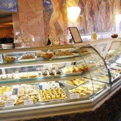 Отель RG Naxos Hotel Италия, Джардини Наксос - 3 отзыва об отеле, цены и фото номеров - забронировать отель RG Naxos Hotel онлайн питание фото 2