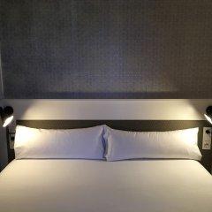 Отель Duquesa Suites комната для гостей