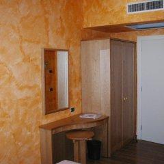 Отель Azzano Holidays Bed & Breakfast Меззегра удобства в номере