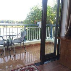 Отель Tra Que Riverside Homestay Вьетнам, Хойан - отзывы, цены и фото номеров - забронировать отель Tra Que Riverside Homestay онлайн балкон