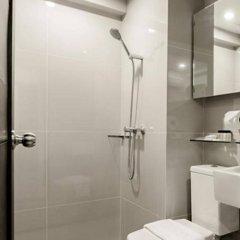 Отель UMA Residence Таиланд, Бангкок - отзывы, цены и фото номеров - забронировать отель UMA Residence онлайн ванная