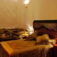 Отель Riad La Perle De La Médina Марокко, Фес - отзывы, цены и фото номеров - забронировать отель Riad La Perle De La Médina онлайн комната для гостей фото 3