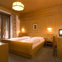 Отель Pension Hilpold Лана комната для гостей фото 3