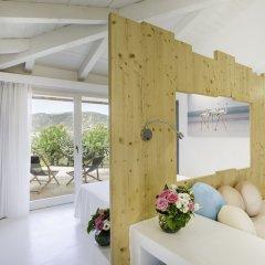 Отель Baia Chia - Chia Laguna Resort Италия, Домус-де-Мария - отзывы, цены и фото номеров - забронировать отель Baia Chia - Chia Laguna Resort онлайн комната для гостей фото 5