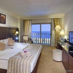 Crowne Plaza Hotel Antalya Турция, Анталья - 10 отзывов об отеле, цены и фото номеров - забронировать отель Crowne Plaza Hotel Antalya онлайн комната для гостей фото 2