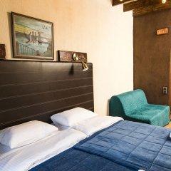 Мини-Отель Бронза комната для гостей