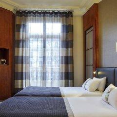 Отель Holiday Inn Gare De Lyon Bastille Париж сейф в номере