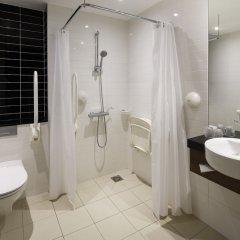 Отель Holiday Inn Express Amsterdam - Schiphol ванная фото 2