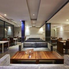 Отель Luxx Xl At Lungsuan Бангкок гостиничный бар