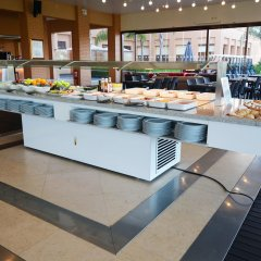 Апартаменты Amendoeira Golf Resort - Apartments and villas питание фото 2
