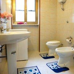 Отель A casa tua Ostia Antica Италия, Остия-Антика - отзывы, цены и фото номеров - забронировать отель A casa tua Ostia Antica онлайн ванная фото 2