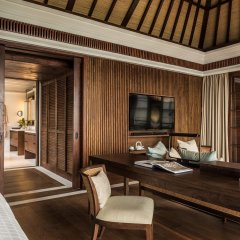 Отель Four Seasons Resort Bali at Jimbaran Bay комната для гостей