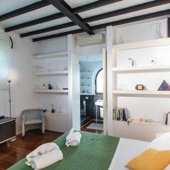 Отель Rental In Rome Riari Garden Luxury комната для гостей фото 2