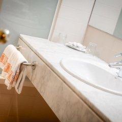 Отель Aparthotel Bertran Испания, Барселона - отзывы, цены и фото номеров - забронировать отель Aparthotel Bertran онлайн ванная фото 2
