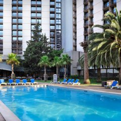 Отель Lisbon Marriott Hotel Португалия, Лиссабон - отзывы, цены и фото номеров - забронировать отель Lisbon Marriott Hotel онлайн бассейн фото 2