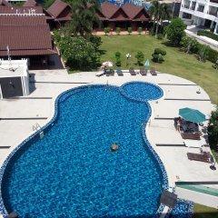 Отель Marsi Pattaya бассейн