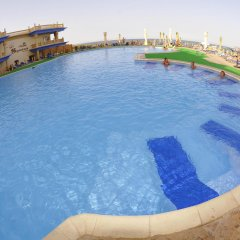 Отель King Tut Aqua Park Beach Resort - All Inclusive бассейн