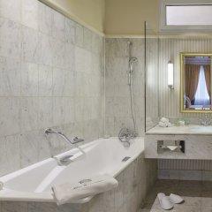 Отель Hôtel Westminster Opera ванная фото 2