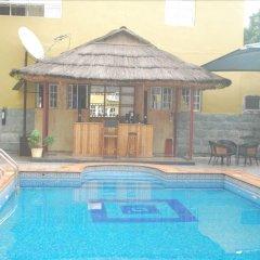 Отель Jorany Hotel Нигерия, Калабар - отзывы, цены и фото номеров - забронировать отель Jorany Hotel онлайн бассейн фото 3