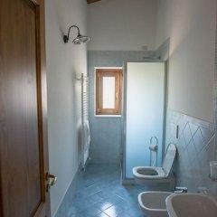 Отель Agriturismo Orrido di Pino Аджерола ванная