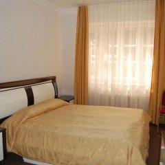 Hotel Aliq сейф в номере