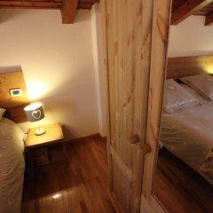 Отель Maison Le Champ Ла-Саль комната для гостей