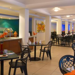 Отель Plaza Pelicanos Grand Beach Resort питание