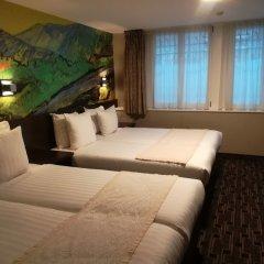 Hotel Van Gogh комната для гостей