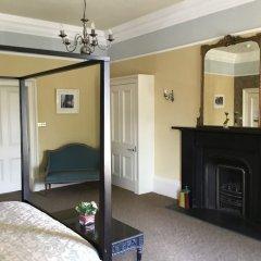 The Salisbury Hotel комната для гостей