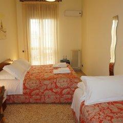 Отель B&B Piazza 300mila Лечче комната для гостей фото 3
