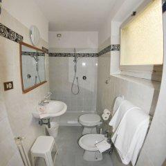 Отель HHB Hotel Италия, Флоренция - 7 отзывов об отеле, цены и фото номеров - забронировать отель HHB Hotel онлайн ванная