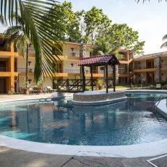 Plaza Palenque Hotel & Convention Center бассейн