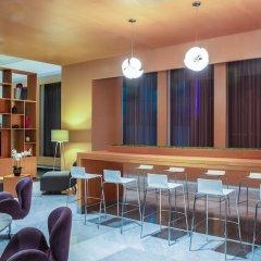 Отель Fiesta Inn Cancun Las Americas Мексика, Канкун - 1 отзыв об отеле, цены и фото номеров - забронировать отель Fiesta Inn Cancun Las Americas онлайн гостиничный бар