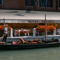 Hotel Olimpia Venice, BW signature collection городской автобус