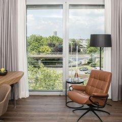Отель Radisson Blu Hotel, Cologne Германия, Кёльн - 8 отзывов об отеле, цены и фото номеров - забронировать отель Radisson Blu Hotel, Cologne онлайн удобства в номере фото 2